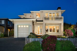 Alum Airbnb House